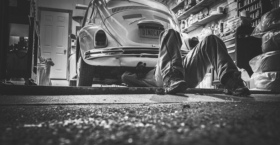 Vidange d'une voiture : il est possible de la faire soi-même